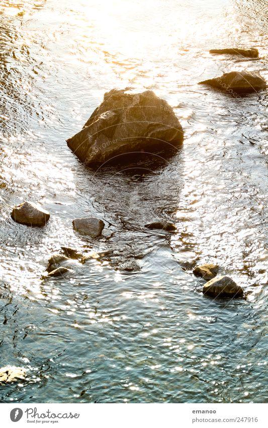 Sonnenschtein Natur Wasser grün Sommer Ferien & Urlaub & Reisen Meer gelb kalt Umwelt Landschaft Berge u. Gebirge Stein See Park Wellen nass