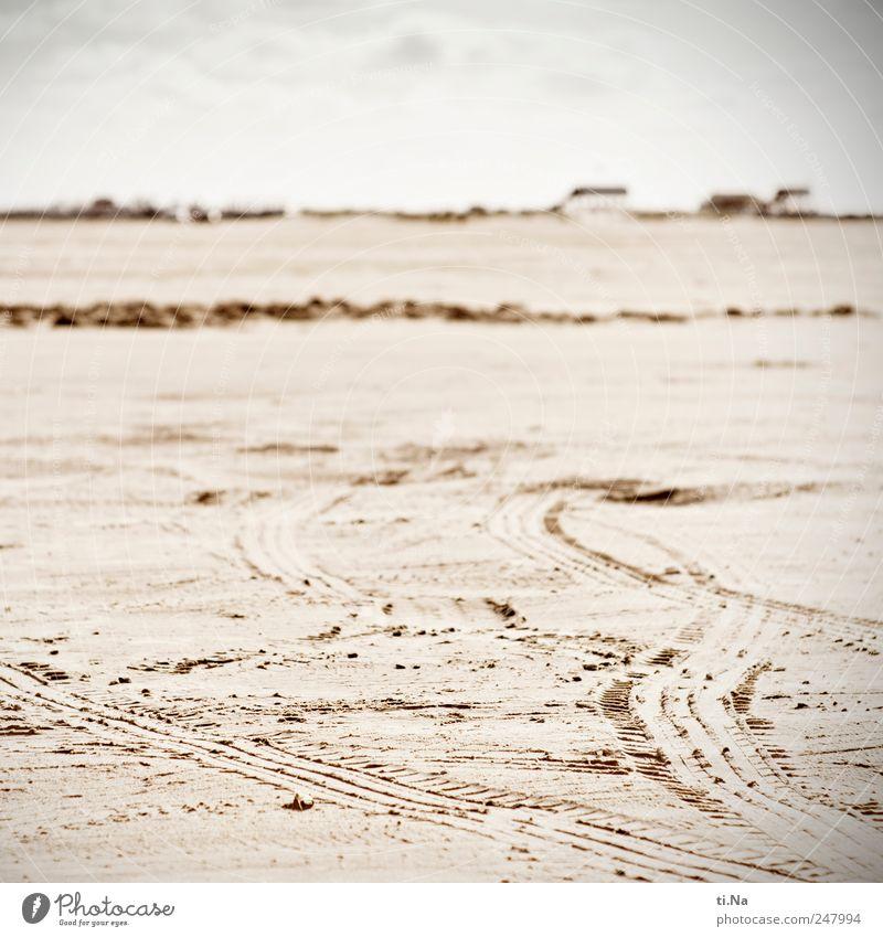 es war Sommer Umwelt Urelemente Sand Schönes Wetter Strand Nordsee St. Peter-Ording Eiderstedt Schleswig-Holstein Dorf Autofahren Reifenspuren Reifenprofil