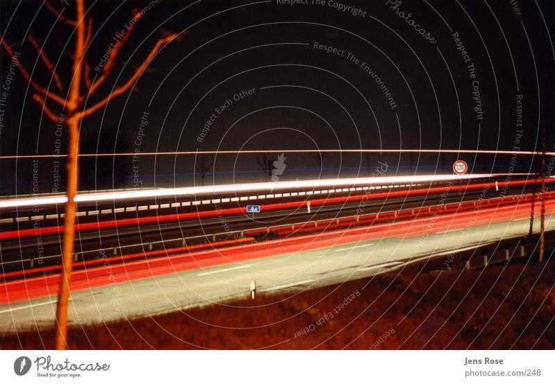 nightshot01 Geschwindigkeit Autobahn