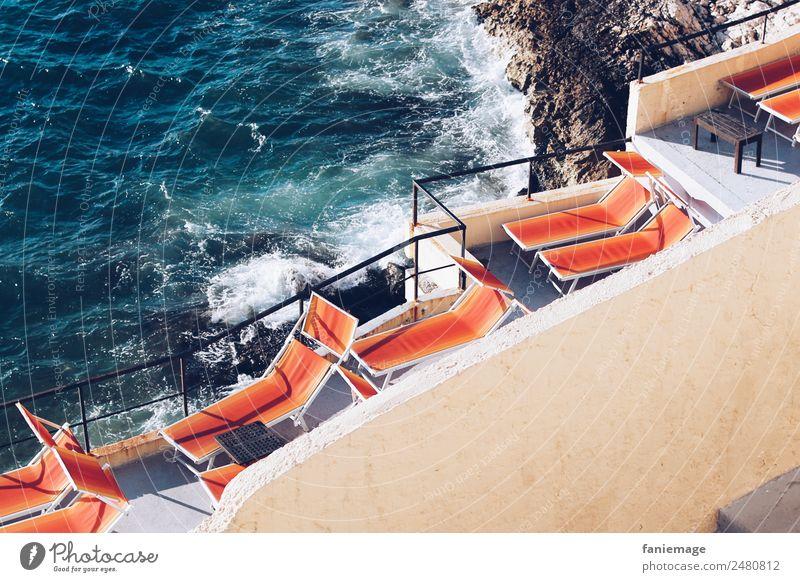 Sonnenbad Lifestyle Schwimmen & Baden Liegestuhl Marseille Provence Mittelmeer Wellen Küste liegen Sonnenlicht orange blau Corniche mediterran