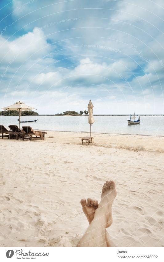 chan mai pai Erholung ruhig Ferien & Urlaub & Reisen Sommer Sommerurlaub Sonnenbad Strand Meer Insel Leben Beine Fuß 1 Mensch Natur Wasser Himmel Wolken