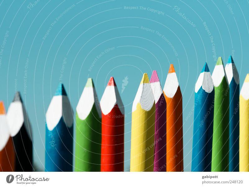 Farbenfroh Himmel blau grün rot Freude Spielen Holz Farbstoff Kunst orange Freizeit & Hobby außergewöhnlich Fröhlichkeit Dekoration & Verzierung malen