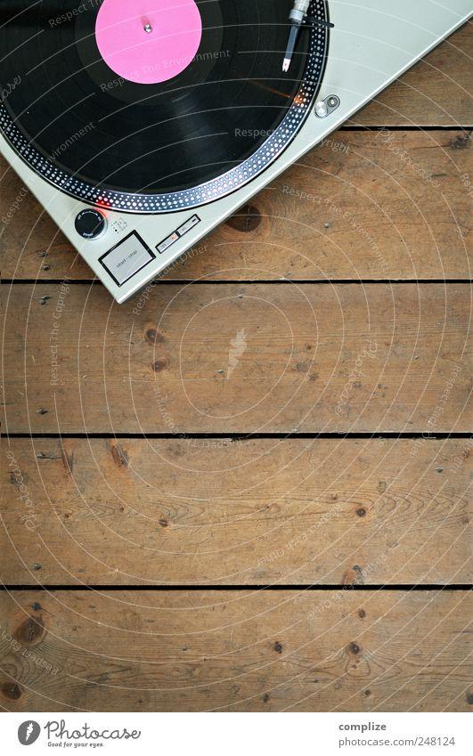 The Record-Player Design Wohnung Nachtleben Musik Lounge Diskjockey ausgehen Feste & Feiern clubbing Tanzen Musik hören Musiker Schallplatte Holz Spielen rosa
