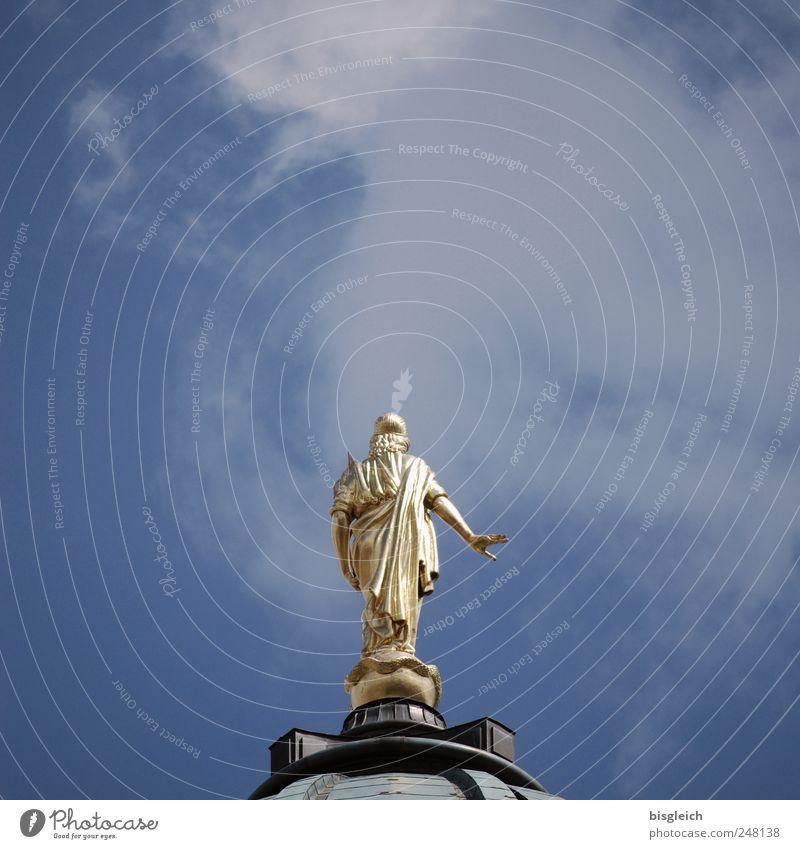 Engel über der Stadt Berlin Europa Kirche Dom Dach Sehenswürdigkeit Deutscher Dom blau gold Himmel Kuppeldach Farbfoto Gedeckte Farben Außenaufnahme