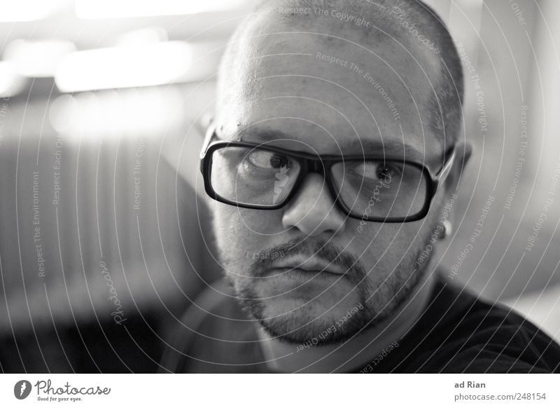 sometimes... Mensch Gesicht Stil Kopf Erwachsene Mund maskulin Brille Sehnsucht nachdenklich Bart Müdigkeit Wachsamkeit Ohrringe achtsam 30-45 Jahre