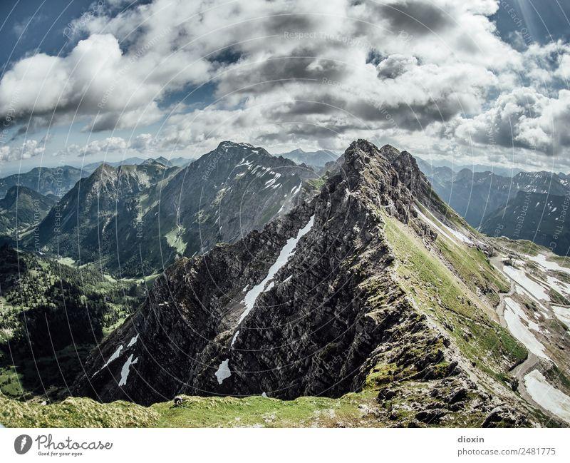 Blick vom Nebelhorn [2] Ferien & Urlaub & Reisen Tourismus Ausflug Abenteuer Ferne Freiheit Berge u. Gebirge wandern Umwelt Natur Landschaft Himmel Wolken