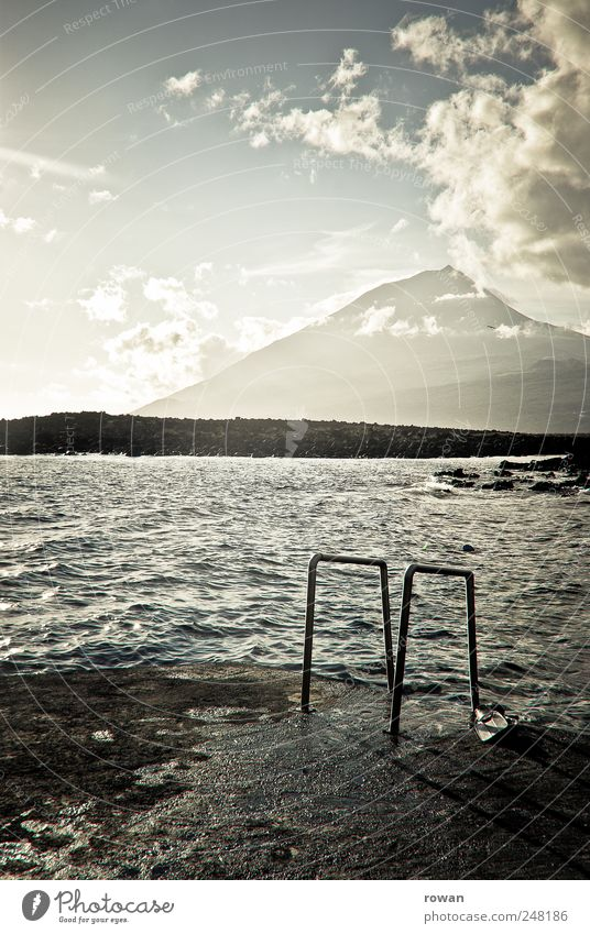 baden Erholung ruhig Schwimmen & Baden Natur Landschaft Himmel Wolken Felsen Berge u. Gebirge Küste Seeufer Meer Ferien & Urlaub & Reisen Strand Pico Azoren