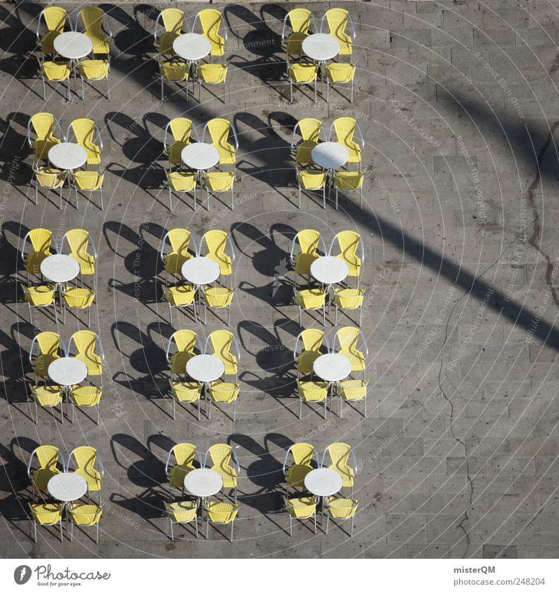 In Reih' und Glied weiß Sommer gelb grau offen frei geschlossen Platz Tisch Pause Stuhl Gastronomie Café Restaurant Sitzgelegenheit Stadtzentrum