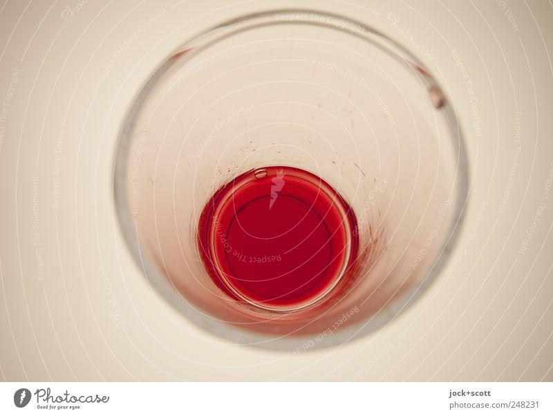 ein Glas auf einmal weiß rot Stil Linie hell Design Perspektive ästhetisch Kreis Ecke Sauberkeit trinken erleuchten rein