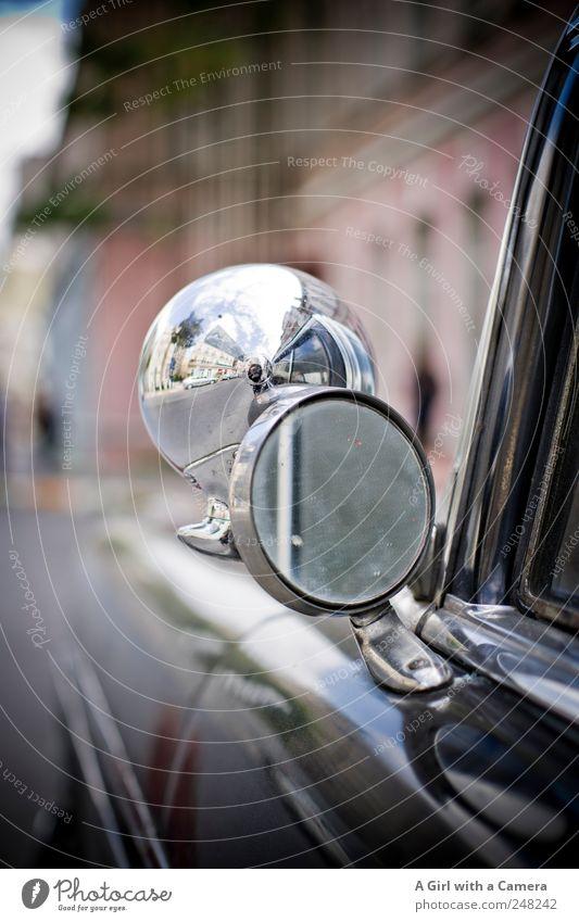 Turkey Mobile Istanbul Altstadt Verkehr Verkehrsmittel Straße Fahrzeug PKW Oldtimer leuchten alt Coolness glänzend rund schwarz Spiegel Straßenrand geparkt
