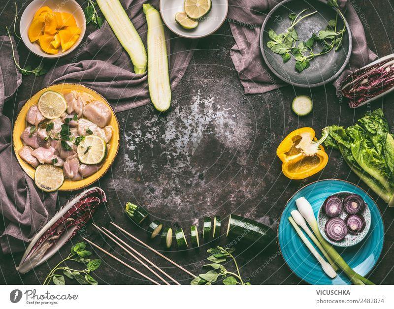 Hähnchen mit Gemüse zubereiten Lebensmittel Fleisch Kräuter & Gewürze Öl Ernährung Mittagessen Abendessen Bioprodukte Diät Geschirr Teller Schalen & Schüsseln