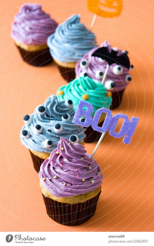 Halloween Törtchen Lebensmittel Kuchen Dessert Ernährung grau grün violett orange schwarz Angst Todesangst Cupcake süß Foodfotografie backen