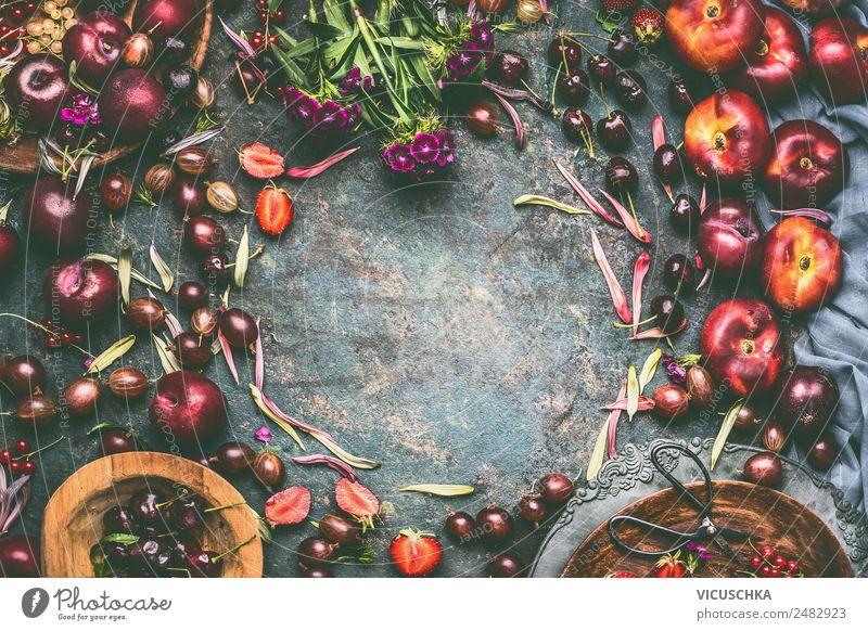 Sommer saisonale Beeren und Obst Rahmen Gesunde Ernährung Blume Foodfotografie Essen Gesundheit Hintergrundbild Stil Lebensmittel Garten Design Frucht Tisch