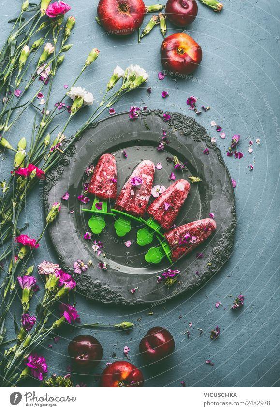 Hausgemachte fruchtiges Eis am Stiel Lebensmittel Frucht Dessert Ernährung Bioprodukte Vegetarische Ernährung Diät Geschirr Stil Design Gesunde Ernährung Sommer