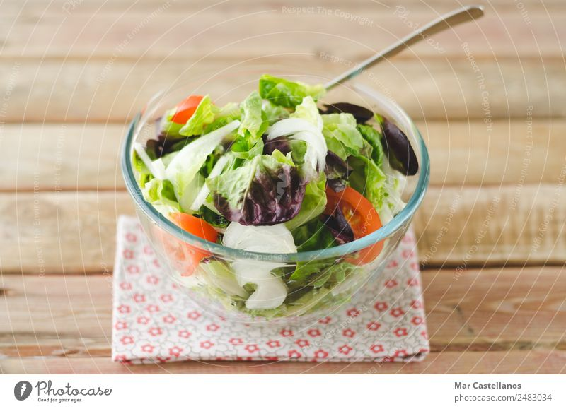 Sommer grün weiß rot Blatt Freude Speise Essen Gesundheit Frühling Holz braun Ernährung frisch Wellness lecker