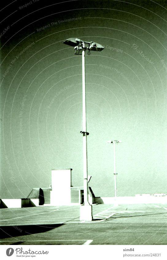 lc1 Lampe Laterne Parkplatz Pol- Filter Rotfilter Elektrisches Gerät Technik & Technologie Schwarzweißfoto