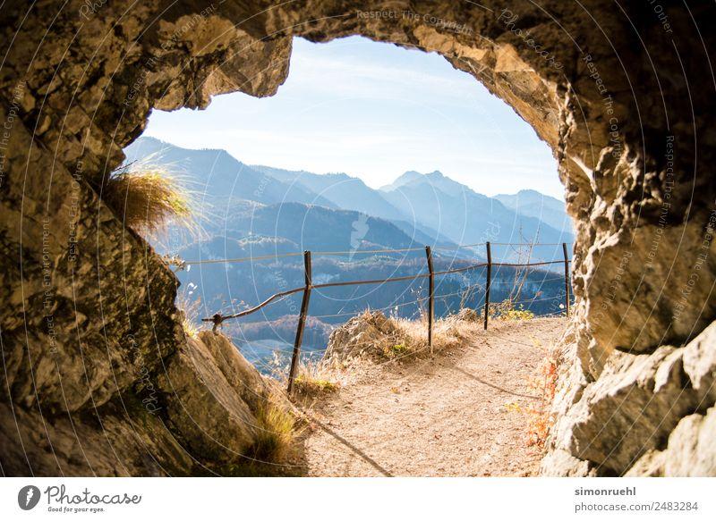 Wir haben es durch den Tunnel geschafft. Berge u. Gebirge wandern Natur Landschaft Gras Alpen Stein träumen Fröhlichkeit schön modern natürlich positiv Neugier