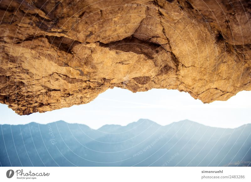 Upside up Ferien & Urlaub & Reisen Landschaft Berge u. Gebirge Herbst natürlich Stimmung Felsen oben wandern Horizont Perspektive entdecken Alpen Nostalgie