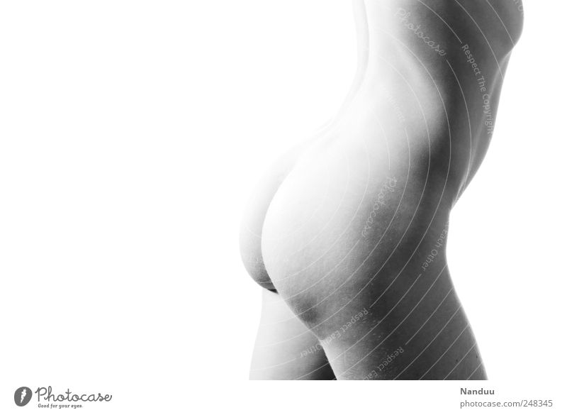 butt found Mensch feminin Körper Gesäß 1 Erotik rund Orangenhaut dünn nackt Nackte Haut Schwarzweißfoto Studioaufnahme Textfreiraum links Freisteller