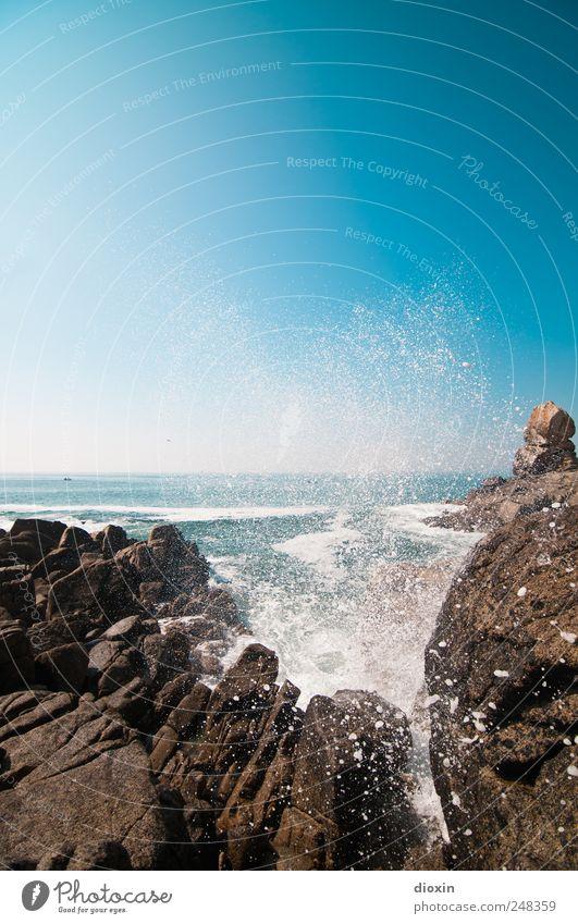 Océan Atlantique -2- Ferien & Urlaub & Reisen Tourismus Ausflug Ferne Freiheit Sommer Sommerurlaub Meer Insel Himmel Wolkenloser Himmel Schönes Wetter Felsen