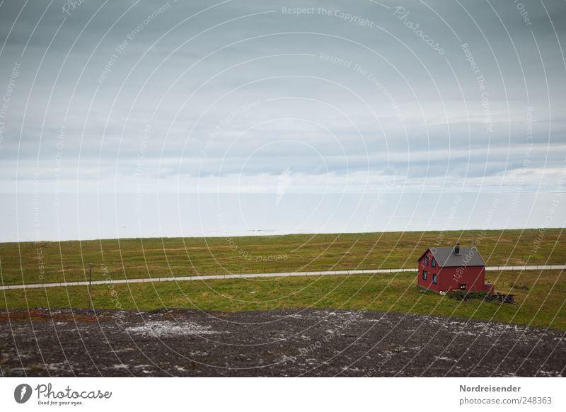 Barentssee Natur Wasser Meer Einsamkeit Haus Straße Landschaft Wege & Pfade Küste Luft Horizont Verkehr Klima Urelemente Häusliches Leben Dorf