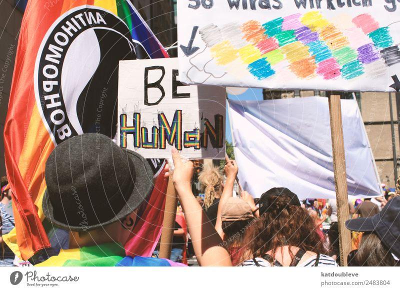 be human androgyn Homosexualität Menschenmenge Bewegung Kommunizieren Ehre Optimismus Willensstärke Mut Tatkraft Menschlichkeit Verantwortung Toleranz
