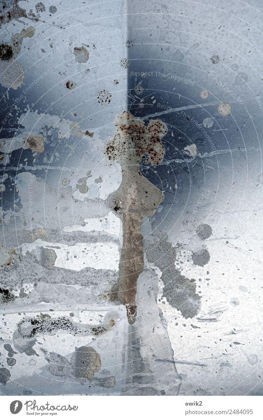 Blechmusik Metall dreckig trashig wild bizarr chaotisch Rätsel Zahn der Zeit Fleck Falte Farbfoto Gedeckte Farben Außenaufnahme abstrakt Strukturen & Formen