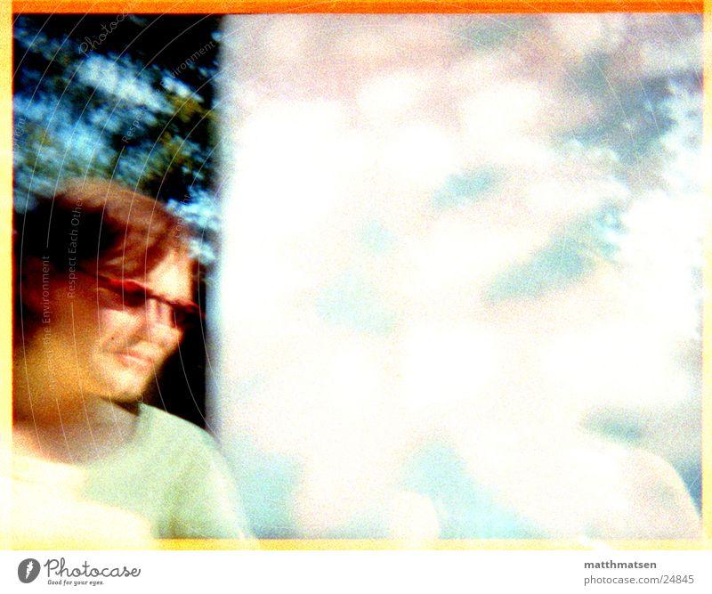 sommer Sonnenbrille Sommer Unschärfe Doppelbelichtung Am Rand Baum Licht Frau modern Rahmen hell