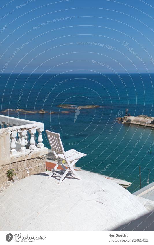 Chair with a view Ferien & Urlaub & Reisen Tourismus Ferne Städtereise Sommerurlaub Meer Wolkenloser Himmel Schönes Wetter Jaffa Tel Aviv Hafenstadt Altstadt
