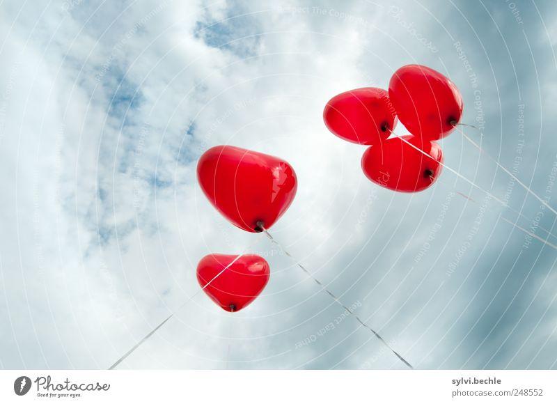 Love, Love, Love Feste & Feiern Valentinstag Himmel Wolken Gewitterwolken Wetter Unwetter Herz rot Frühlingsgefühle Liebe Verliebtheit Romantik Luftballon