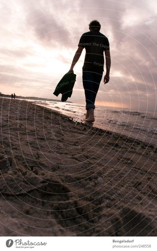 am Meer mir dir Mensch Himmel Jugendliche Sonne Sommer Strand Ferien & Urlaub & Reisen Wolken Einsamkeit Ferne Erholung Freiheit Sand Wellen Horizont