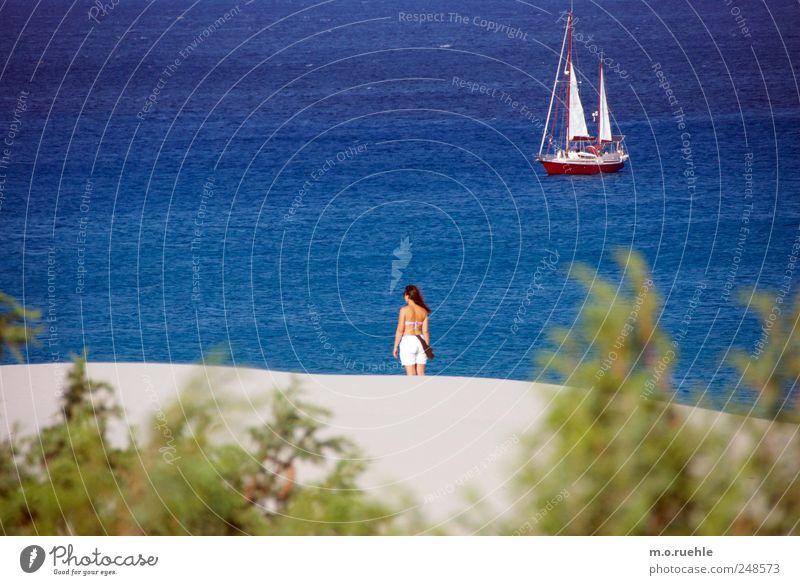 raffaella Mensch Frau Natur Ferien & Urlaub & Reisen Sommer Meer Strand Erwachsene Ferne Umwelt Landschaft Freiheit Küste Stimmung Wellen Haut