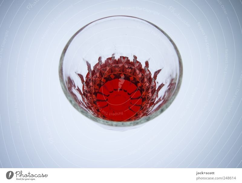 wasche sdarowje rot Stil Linie hell glänzend elegant Design Glas stehen Perspektive ästhetisch Kreis Kreativität trinken Ziel rein