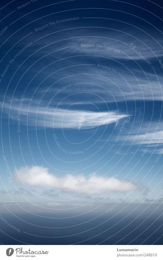 where gravity is dead Himmel Wasser weiß blau schön Wolken ruhig Einsamkeit Ferne kalt Freiheit Umwelt Stimmung Luft Wetter Horizont