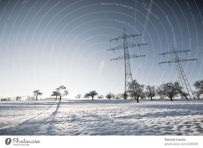 Beauty and the Beast Technik & Technologie Energiewirtschaft Energiekrise Industrie Umwelt Natur Landschaft Urelemente Himmel Wolkenloser Himmel Winter Klima