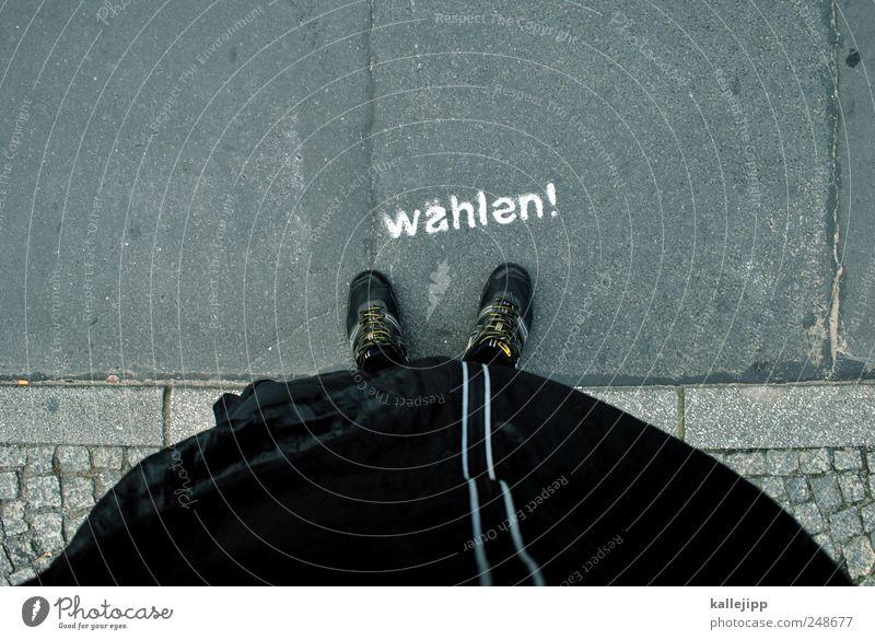wirf deine stimme nicht weg! Mensch Graffiti Fuß stehen Bürgersteig Meinung Politik & Staat Völker Wahlen Deutscher Bundestag Wege & Pfade Denken Straßenkunst