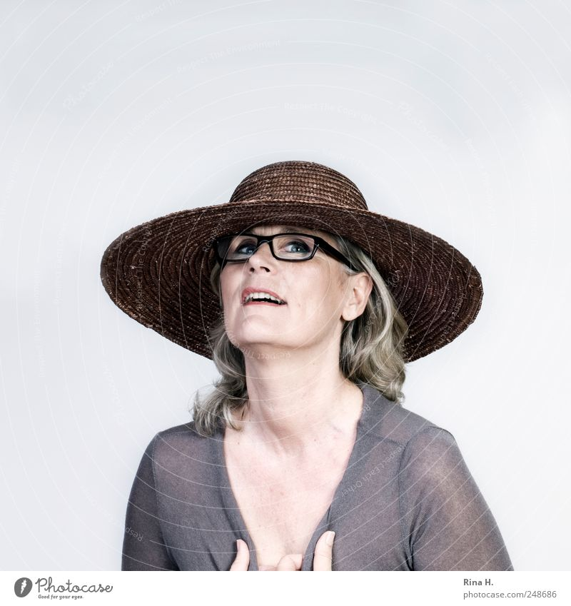 Wochenende !! Frau Mensch Freude Gefühle grau Glück Erwachsene hell blond Fröhlichkeit Brille authentisch dünn Hut Hemd 45-60 Jahre