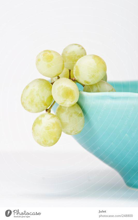 Weintrauben Lebensmittel Frucht Ernährung Bioprodukte Vegetarische Ernährung Diät frisch Gesundheit grün Schalen & Schüsseln Farbfoto Studioaufnahme Nahaufnahme