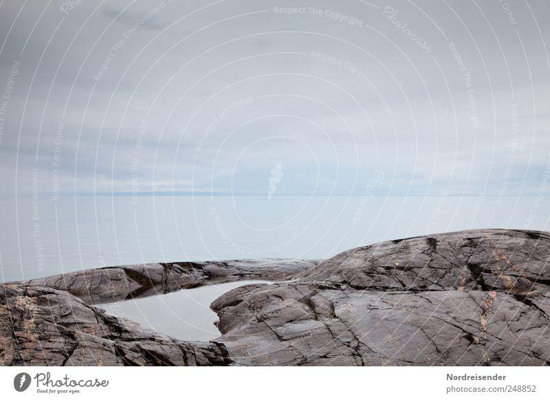 Ich nehm den Drink am Pool Himmel Natur Meer ruhig Ferne Erholung Landschaft Stein Küste Horizont Felsen Klima Schwimmen & Baden Urelemente Schwimmbad