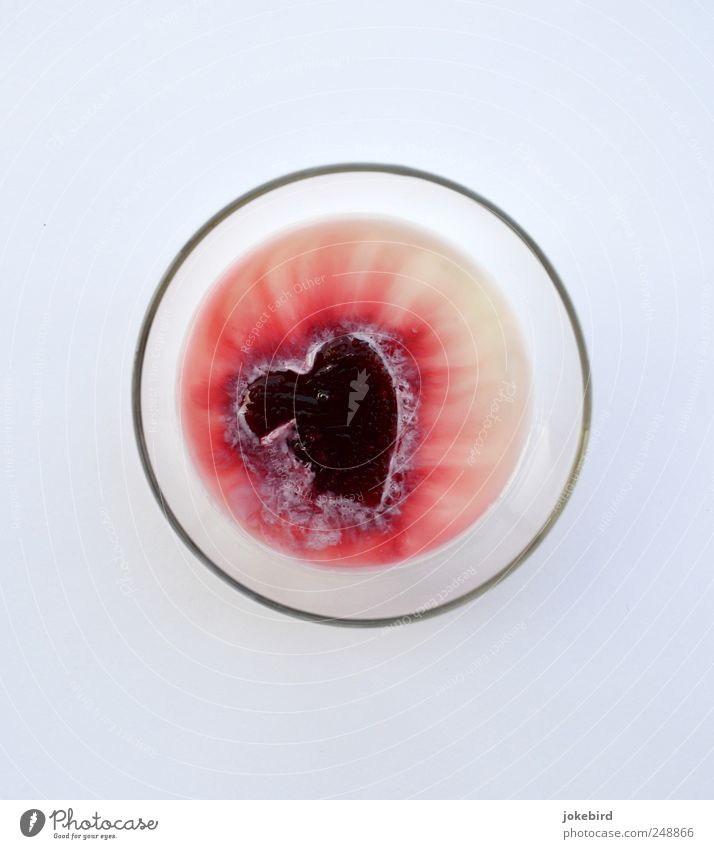 zerfließendes Herz weiß rot Liebe Traurigkeit Glas kaputt Kreis Romantik Vergänglichkeit Ende Flüssigkeit Schmerz Verfall Partnerschaft