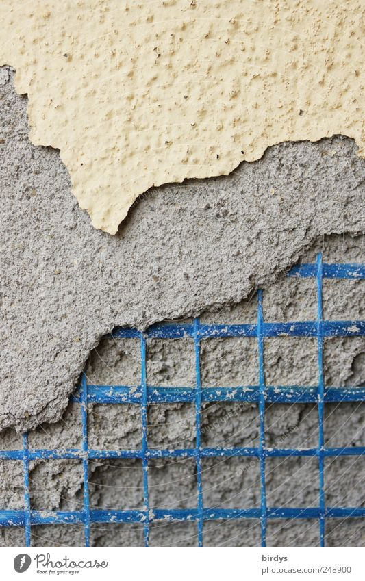Baumängel blau gelb Wand grau Mauer Fassade kaputt Baustelle Stoff Niveau verfallen Verfall Handwerk Putz Zerstörung Konstruktion