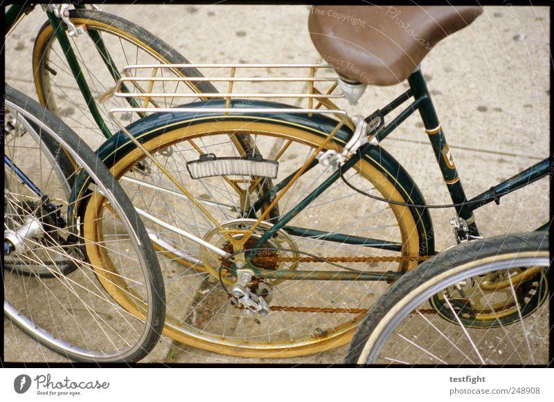 do the right thing alt Straße Fahrrad parken Fahrradfahren fahren