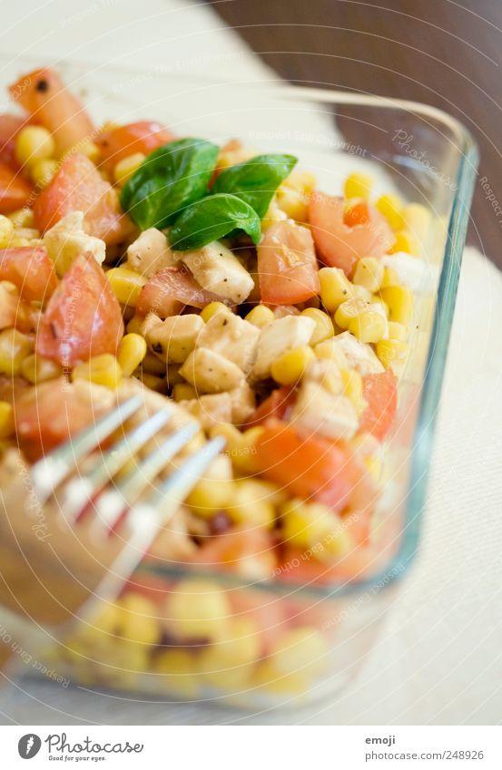 Salat mit Gesundheit frisch Kräuter & Gewürze lecker Abendessen Tomate Diät Bioprodukte Schalen & Schüsseln Mittagessen Salat Salatbeilage Gabel Mais Vegetarische Ernährung Basilikum