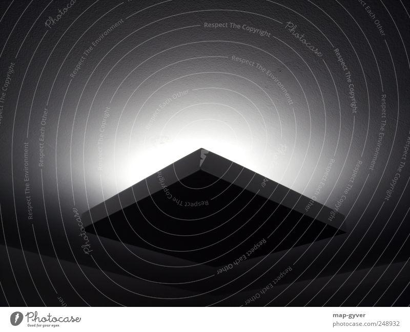 cubus light Lampe Design Energie kalt Licht Innenarchitektur Schattenspiel Quadrat Ecke Schwarzweißfoto Innenaufnahme abstrakt Strukturen & Formen Menschenleer