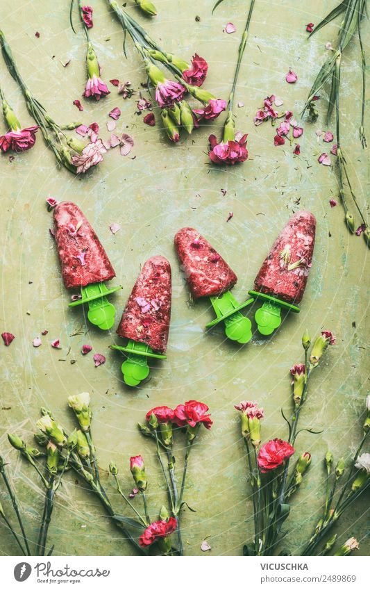 Hausgemachte Eis am Stiel Lebensmittel Frucht Speiseeis Ernährung Saft Stil Design Gesunde Ernährung Sommer Häusliches Leben Tisch Coolness rosa Snack Lollipop