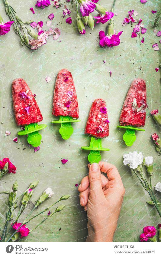 Hausgemachte Eis am Stiel Lebensmittel Frucht Speiseeis Ernährung Bioprodukte Vegetarische Ernährung Diät Stil Design Gesunde Ernährung Sommer Häusliches Leben