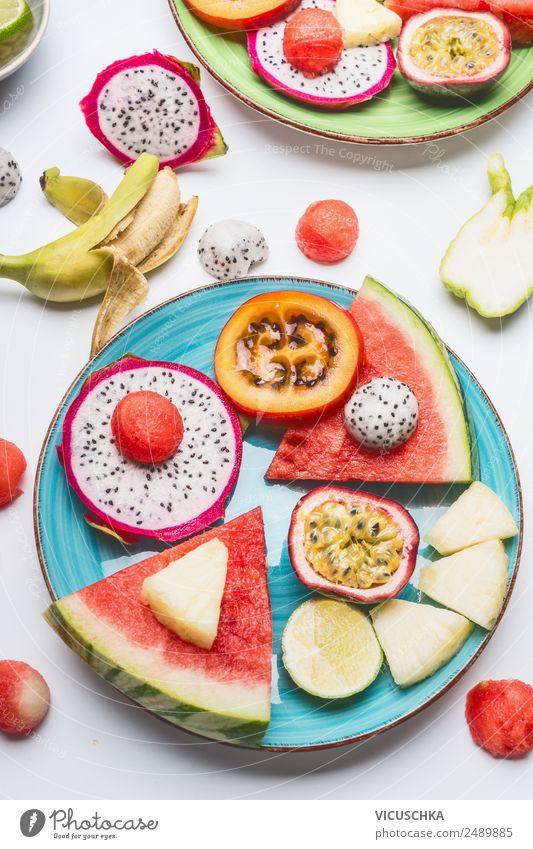 Teller mit exotische Obst und Wassermelone Lebensmittel Frucht Apfel Orange Ernährung Frühstück Bioprodukte Stil Design Gesundheit Gesunde Ernährung Obstteller