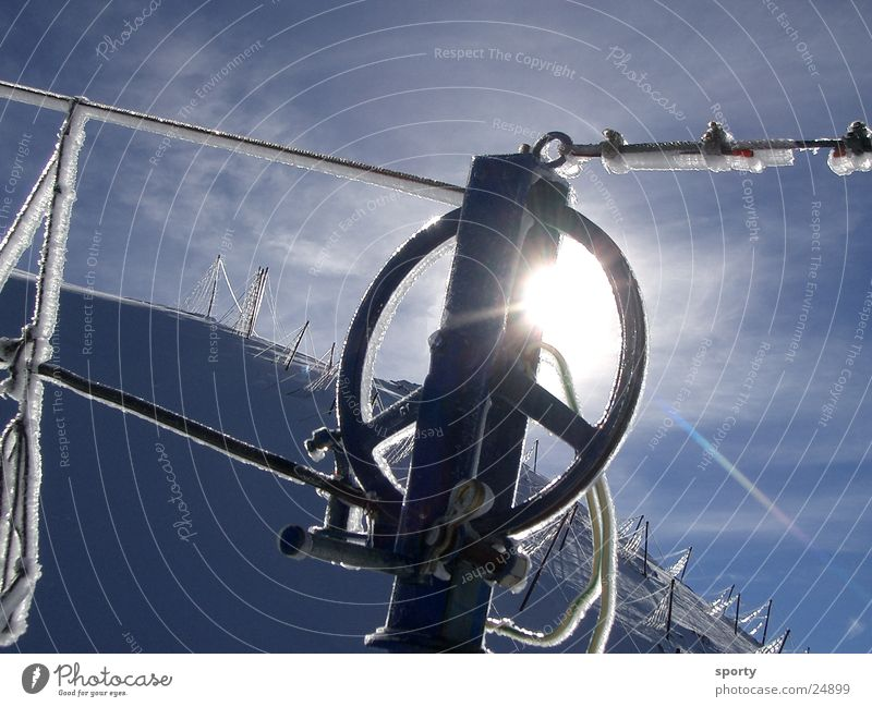 Liftrolle Himmel Sonne Winter kalt Berge u. Gebirge Schnee Eis Technik & Technologie Seil Frost Rolle Elektrisches Gerät