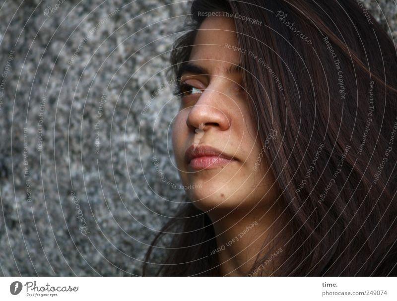 You're Welcome Frau Mensch Jugendliche schön Gesicht Auge feminin Kopf Haare & Frisuren träumen Denken Stimmung Erwachsene Zufriedenheit natürlich Tiefenschärfe