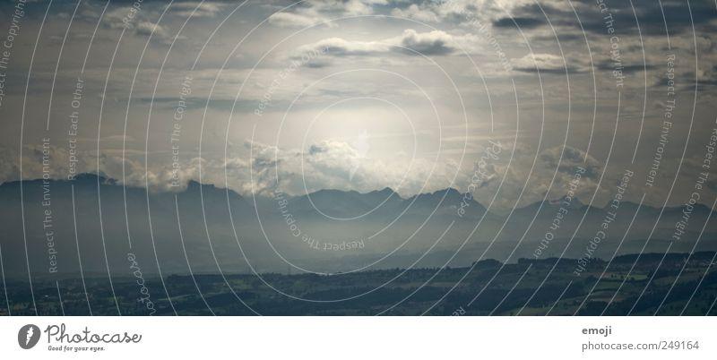 mirage blau Wolken Berge u. Gebirge Umwelt Klima Alpen Lichtspiel Klimawandel Wolkenhimmel Luftspiegelung